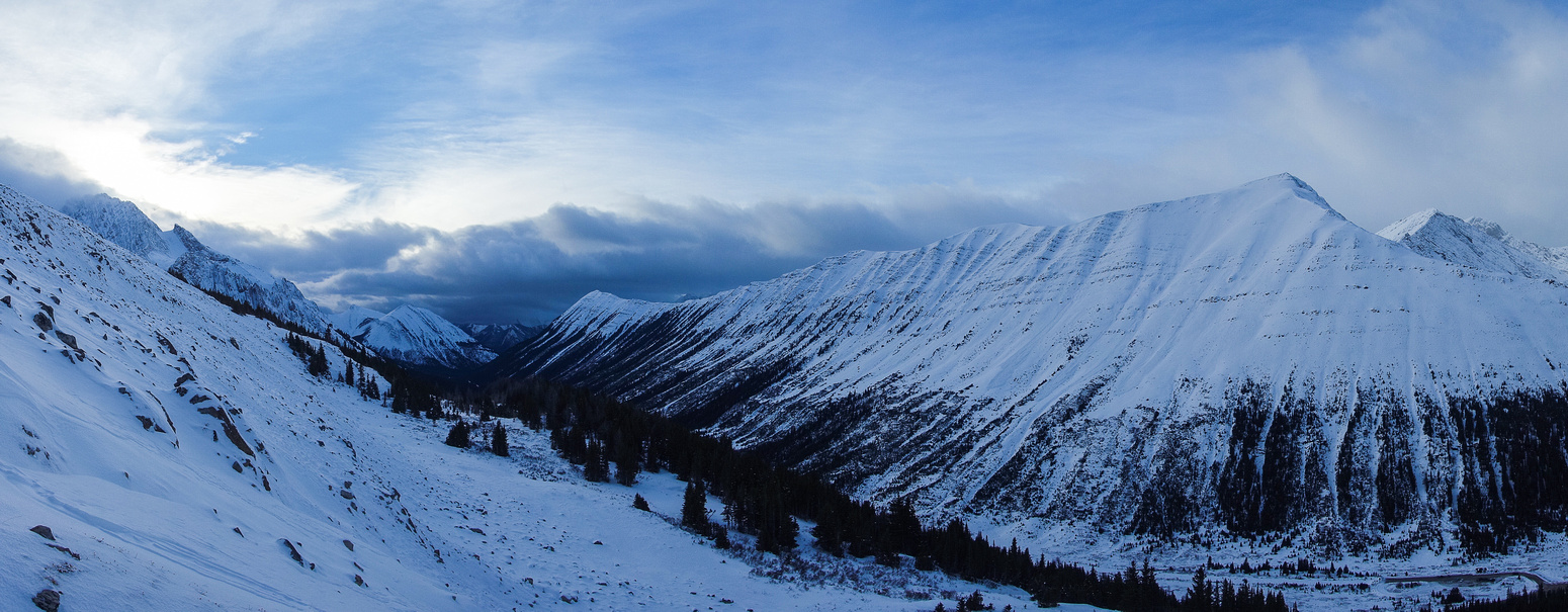 Great views of Highwood Ridge. Mist Mountain on the left in the far distance.