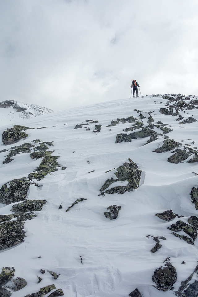 It was tempting to drop the snow shoes early on the ridge, but we didn't and were glad for that decision!