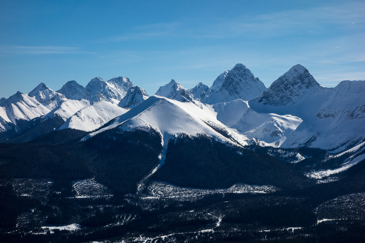 Tent Ridge at the Burstall Pass / Haig Icefield area peaks including (l to r) Murray, Smith Dorrien, French, Commonwealth, Robertson, Sir Douglas, Birdwood and Smuts.