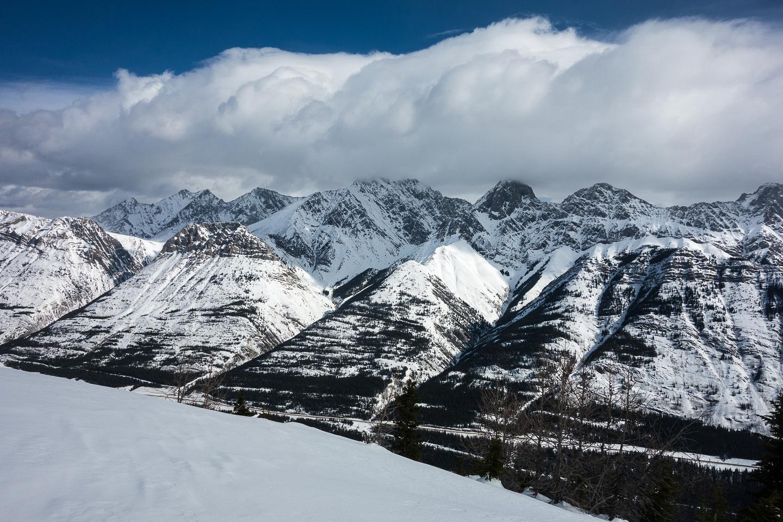 Grizzly Peak, Packenham Junior and King Creek ridge in front of Evan-Thomas and Mount Packenham.