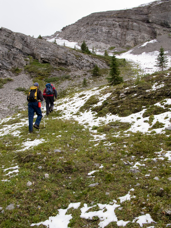 Jon and Rod head up Cave Mountain from Og Pass.
