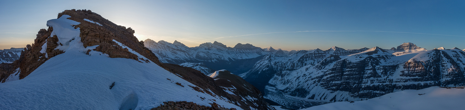 Pano from just on the Athabasca side of the summit showing the ridge, Cirrus, Big Bend, Saskatchewan and Junior.