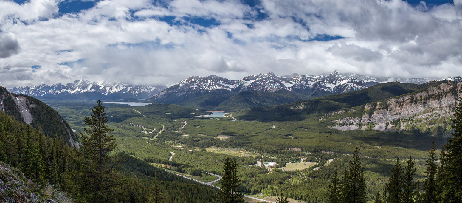 A gorgeous morning looking back over Kananaskis Lakes.