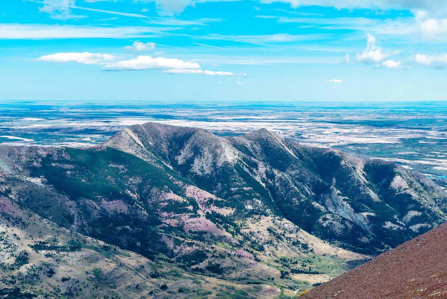 Tiny Lakeview Ridge.