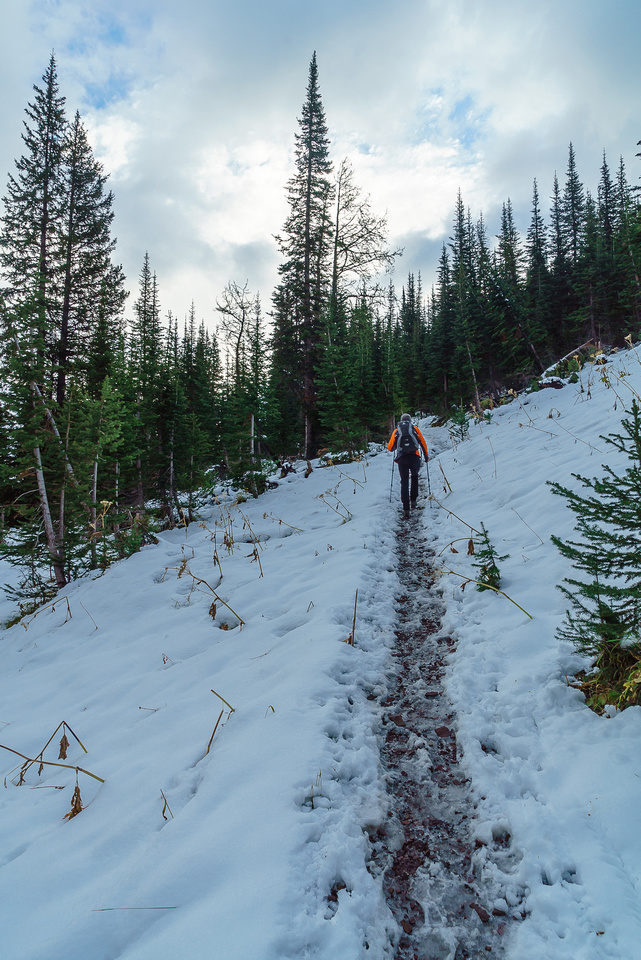 The trail became icy as soon as we started the steeper climb to the upper lakes.