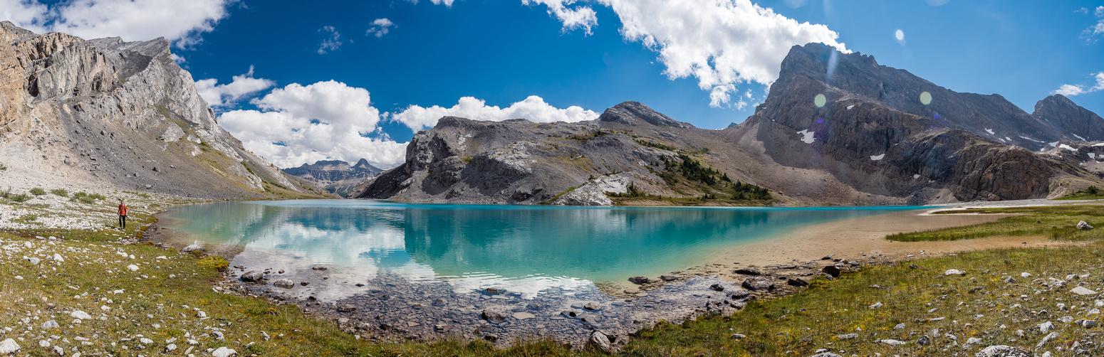Hiking around Capricorn Lake.