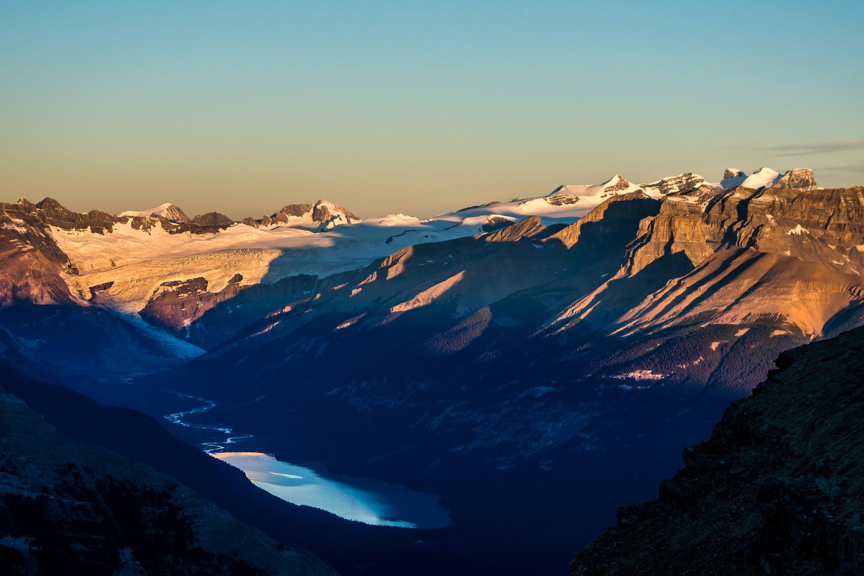 Sunrise on the Lyells over Glacier Lake.