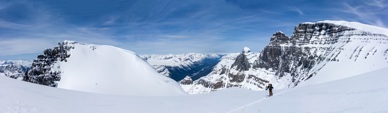 Skiing up the north ridge on South Twin. West Twin on the left and Alberta, Twins Tower and North Twin on the right.