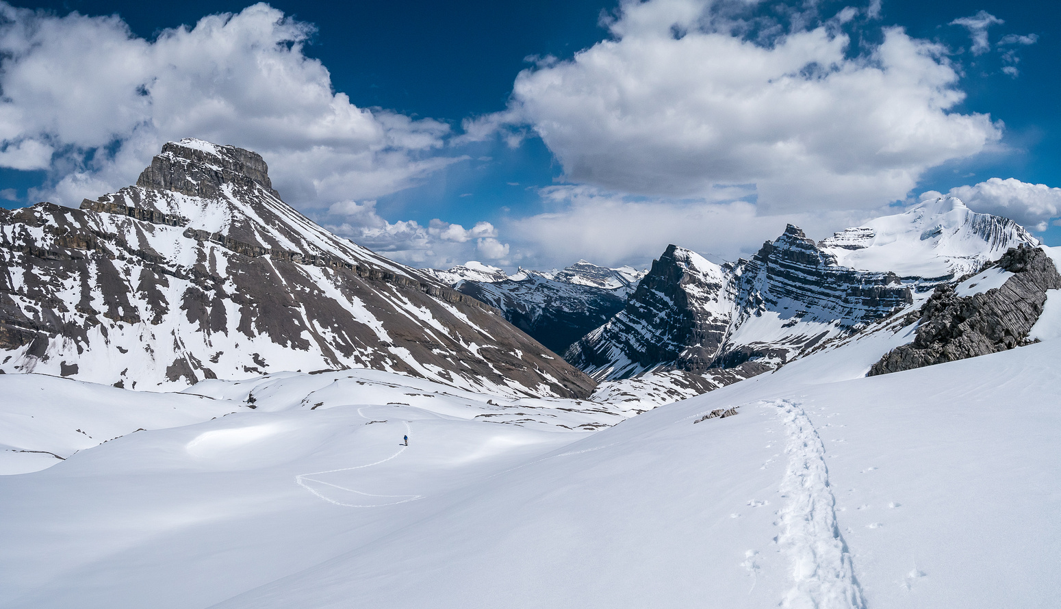 Looking back at the rolling moraines just off the Huntington Glacier. Tuft Peak at left.
