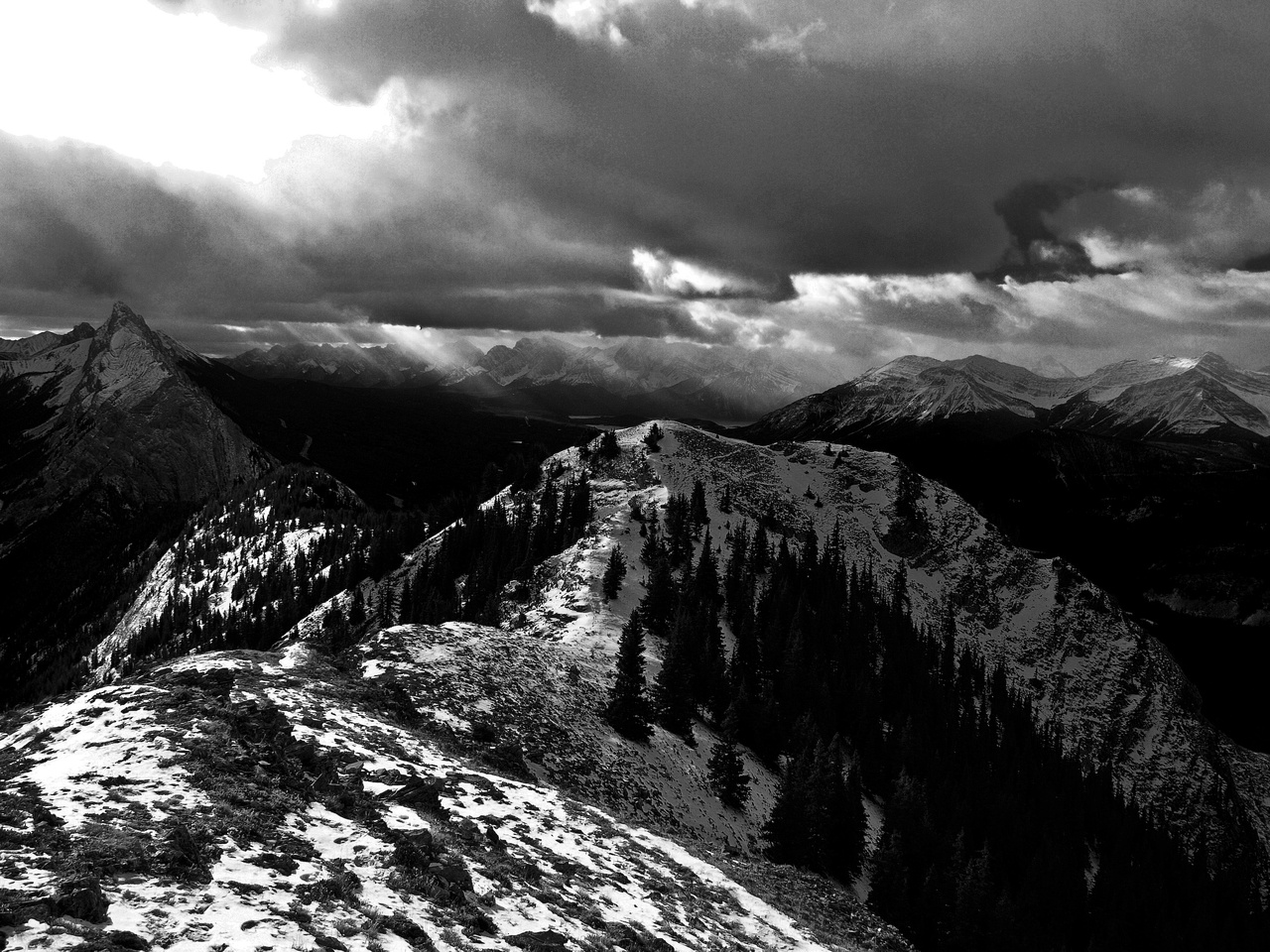 More dramatic lighting, looking from the slightly higher north summit back to the south.