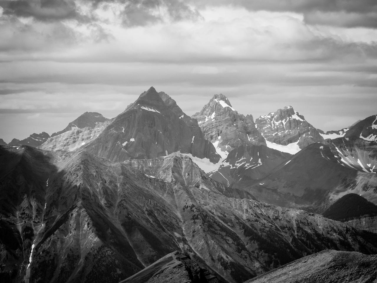 Impressive peaks to the NW include Mount Cadorna, Battisti and Stilleto Peak.