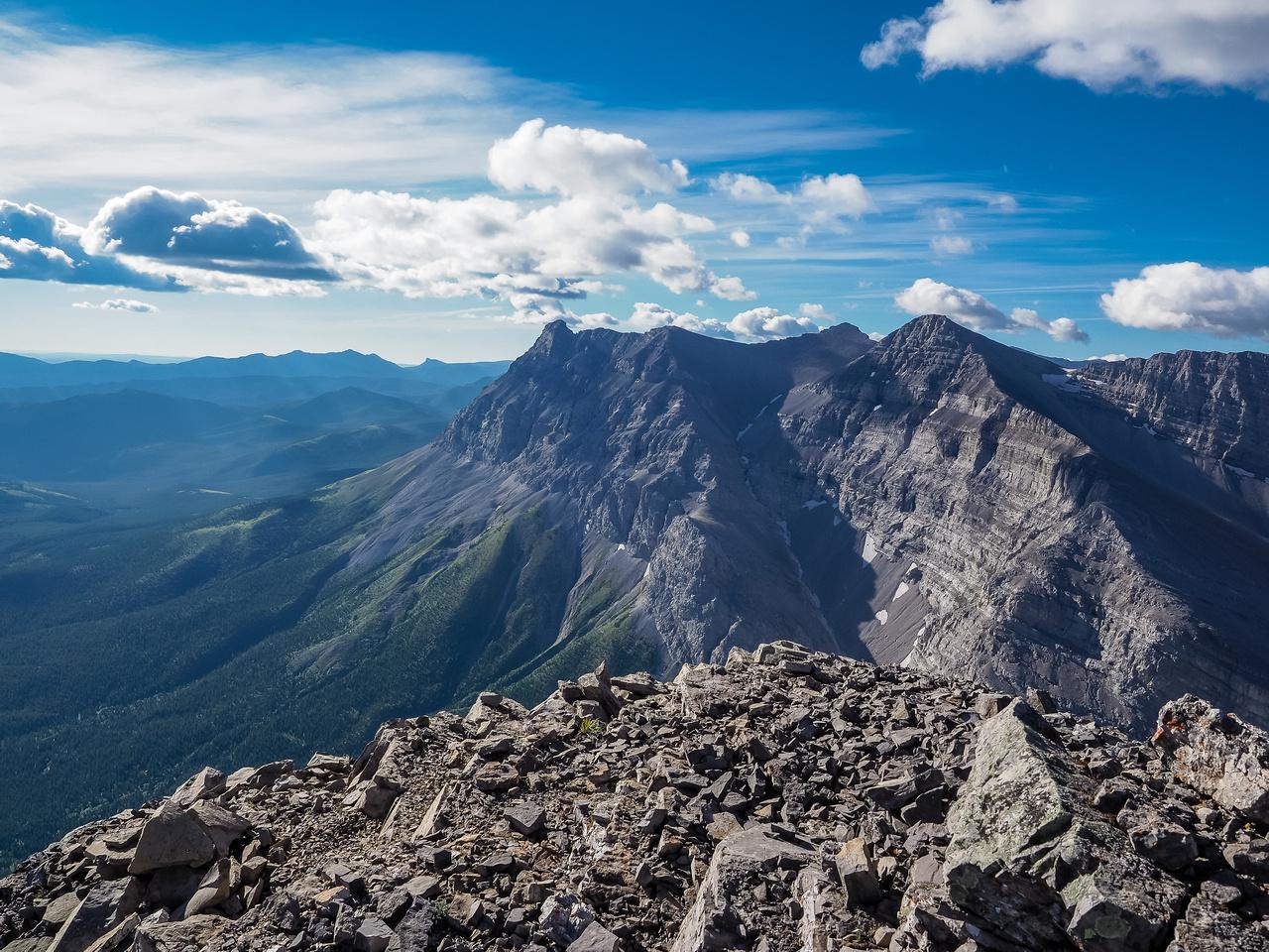 Mount MacLaren lies to the south.