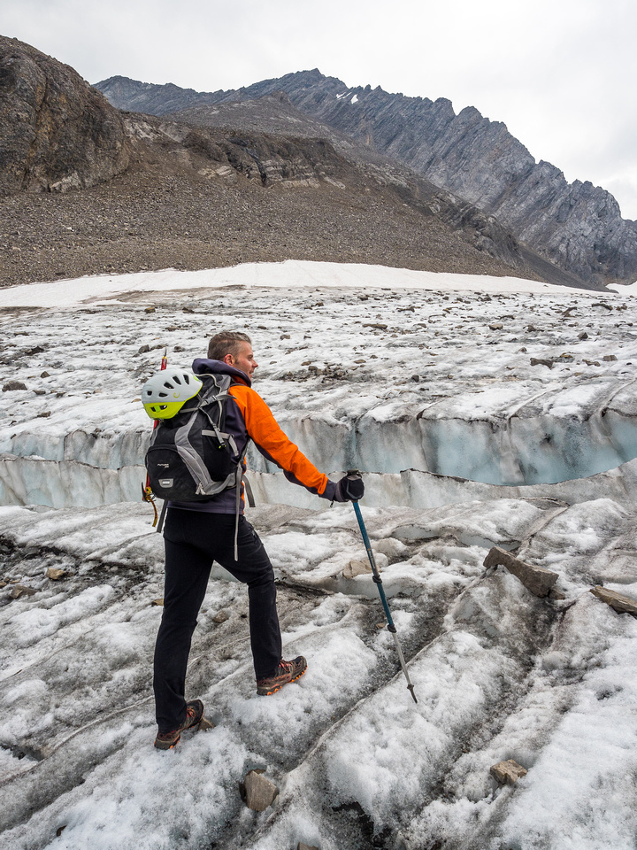 One of the only crevasses we encountered and one of only a few on the entire NW glacier - easily bypassed at left.