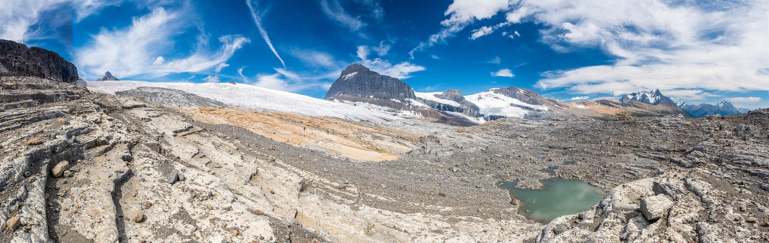 The rock garden before the glacier.