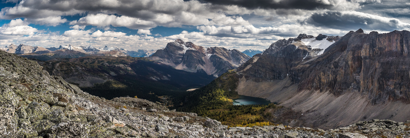 Looking over the Monarch Ramparts towards Citadel Pass at left. The Monarch at center and the Unnamed peak rising over Talc Lake at right.