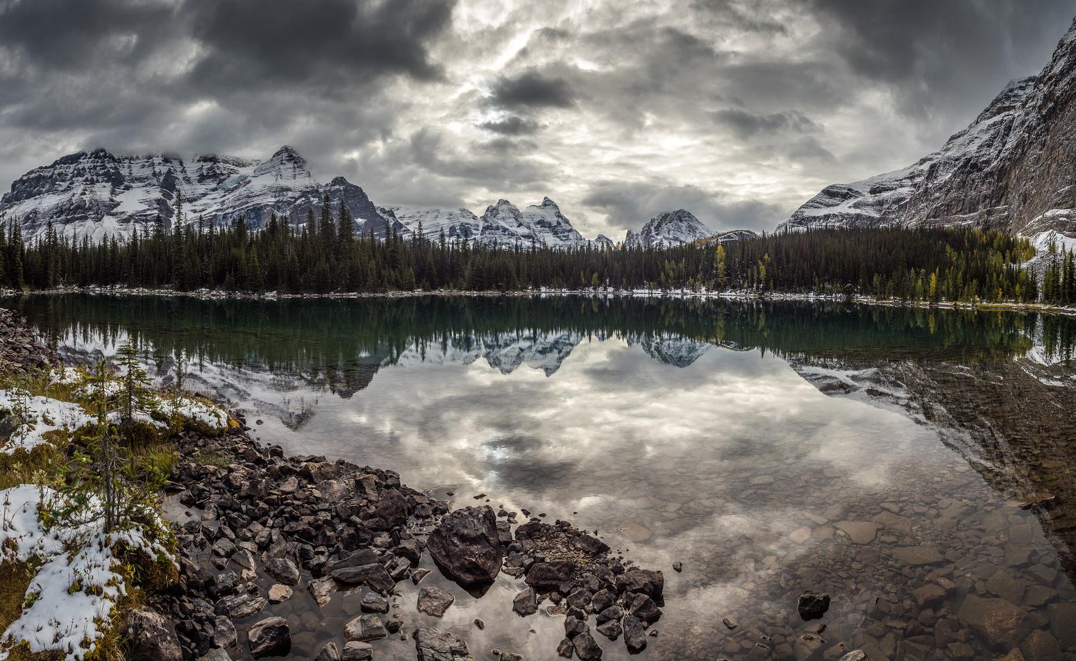 Ringrose and Hungabee reflect in Linda Lake.
