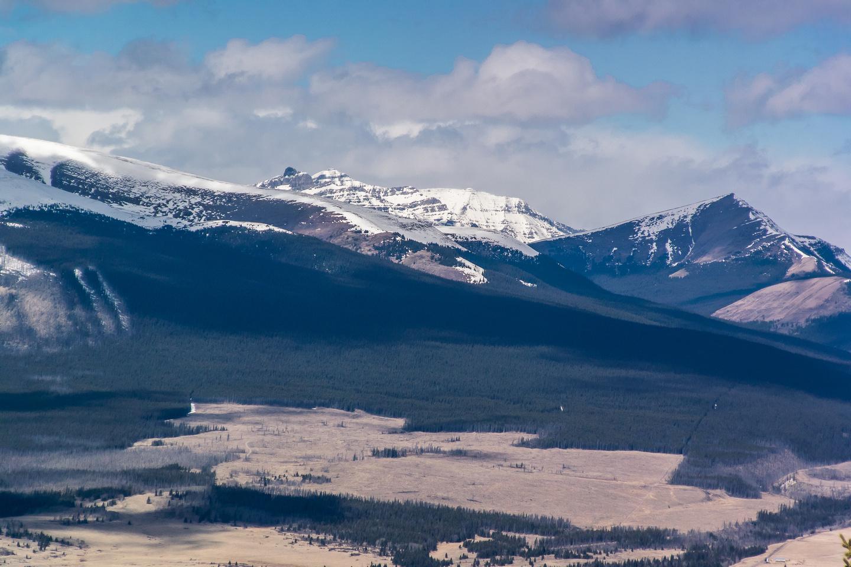More views to the north over Ya Ha Tinda - Unnamed, striking peak on the left.