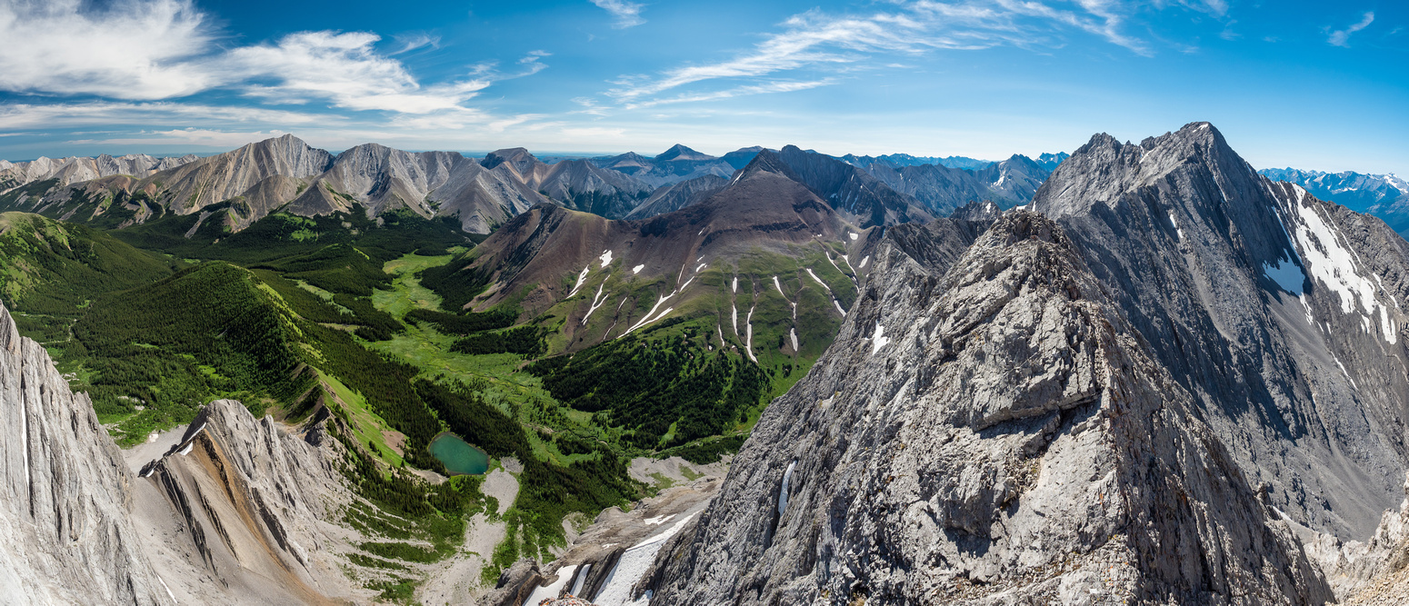 Great positions on the ridge with views to knock you off your feet (which would kill you)! Fisher Peak at left.