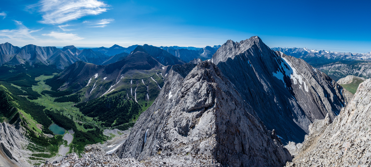 Not a shabby view once I pop out on the summit ridge. This is looking south towards Mount Evan Thomas.