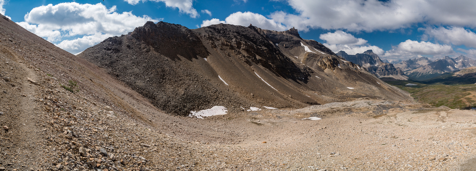 Looking along the ridge to the summit of The Fang as we approach NMP. As you can see - it's pretty straightforward.