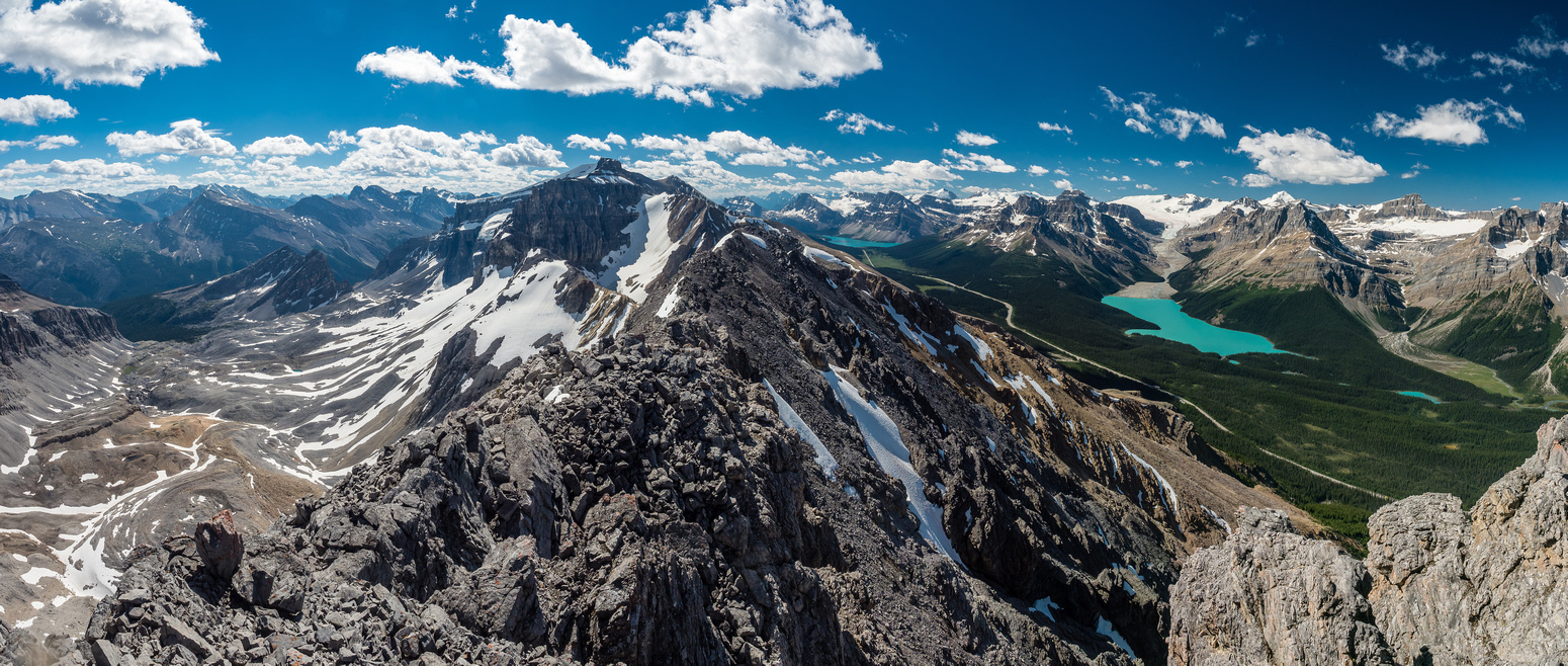 The views south towards Observation Peak and along the Murchison Group towards Bow and Peyto Lakes are keeping me highly entertained.