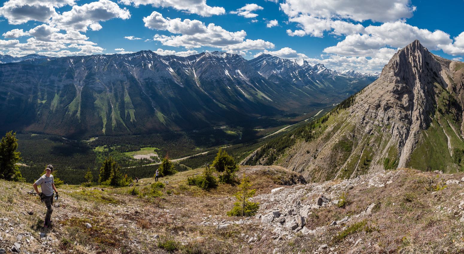 Excellent views to the Kananaskis Range.