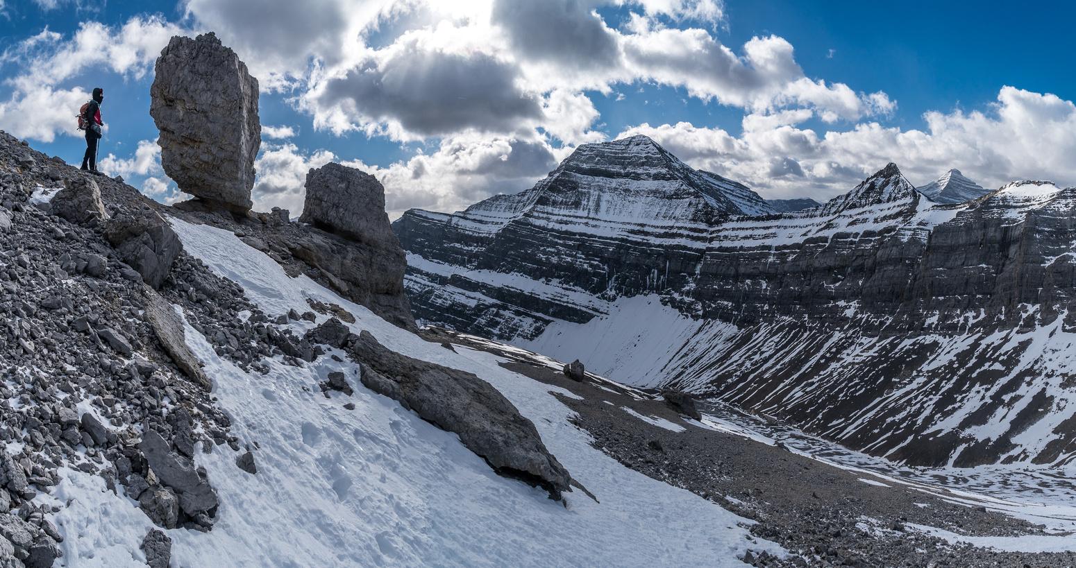 Interesting rock scenery on the ridge.
