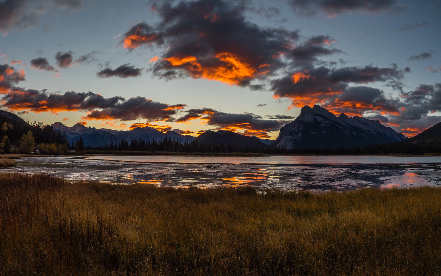 My day started pretty good with a beautiful sunrise over Mount Rundle.