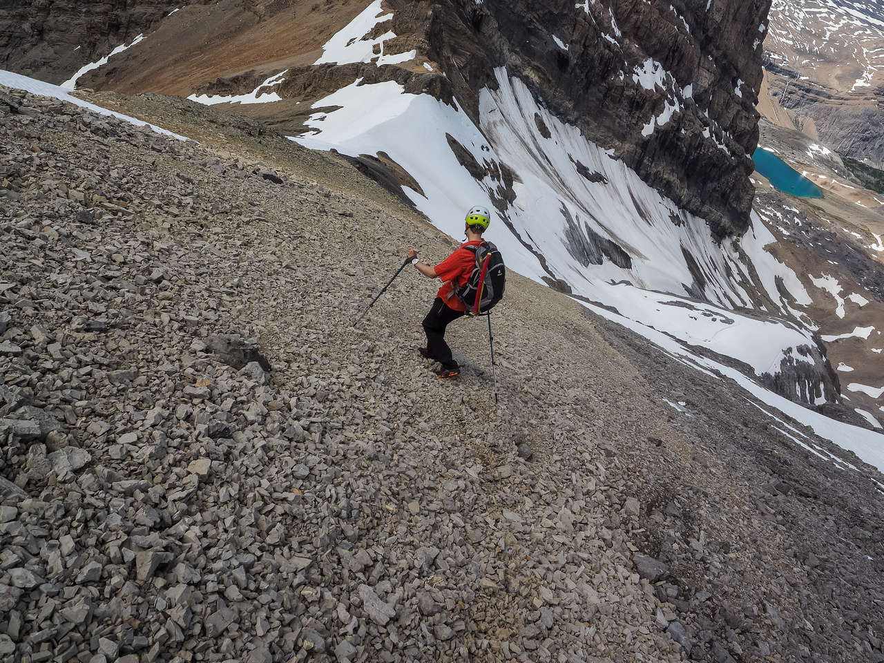 Down easy scree towards the even-better snow.