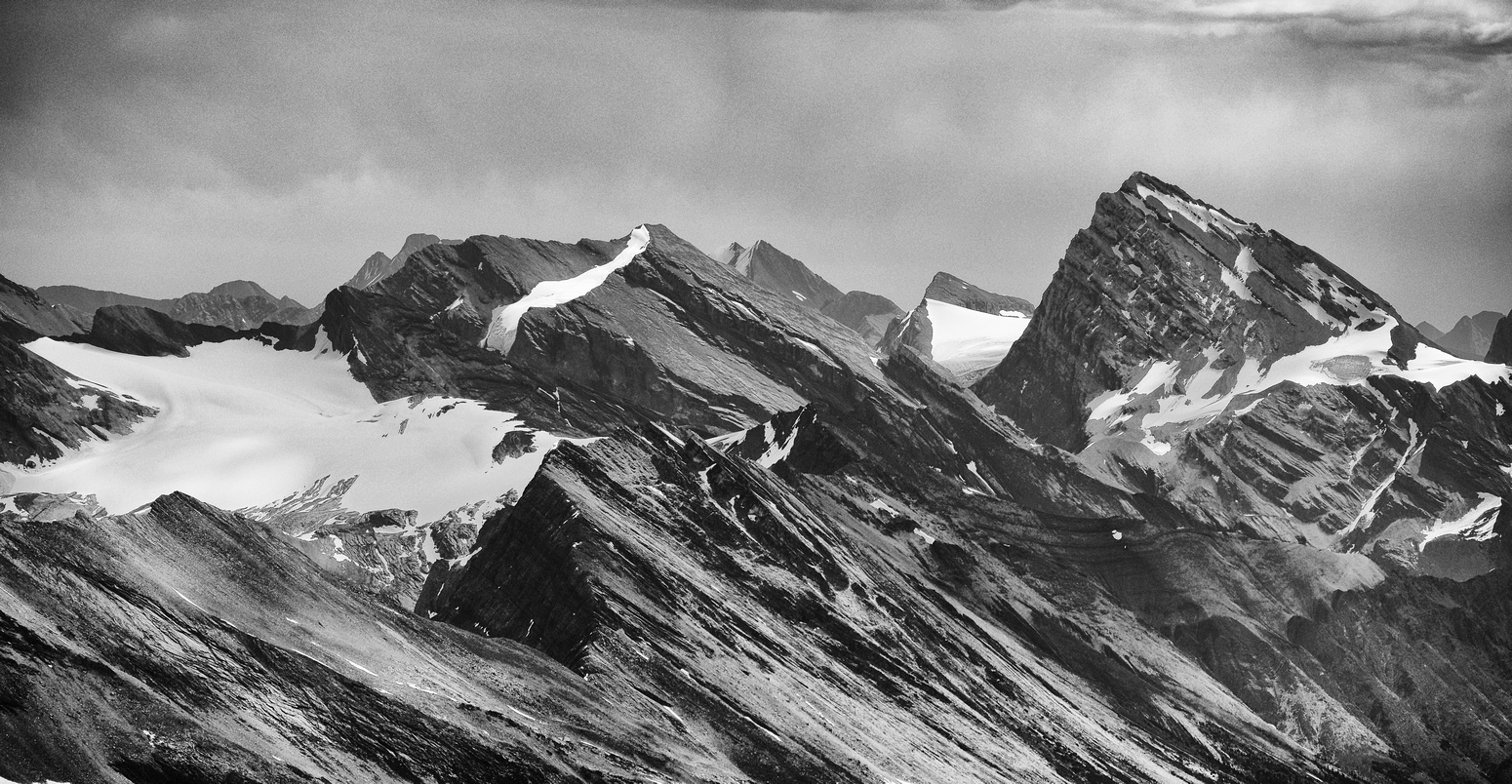 Cataract Peak is a near-11,000er located to the south - and also in a lovely, remote area of the Siffleur Wilderness.