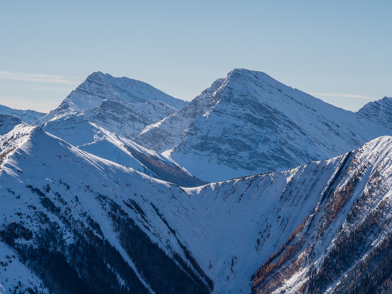 Looking SW towards Mount Bishop.