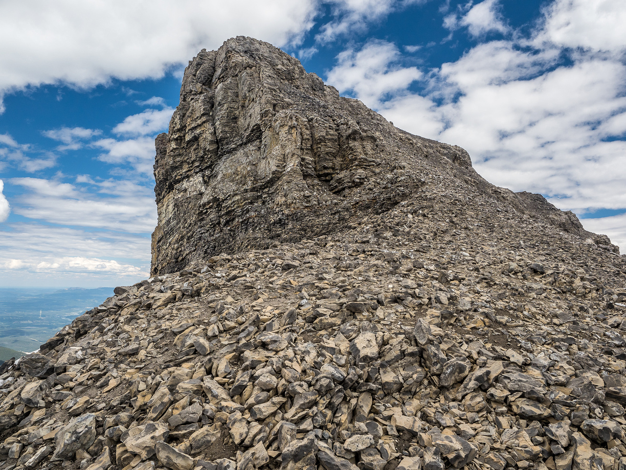 The interesting summit block - just easy scree despite appearances.