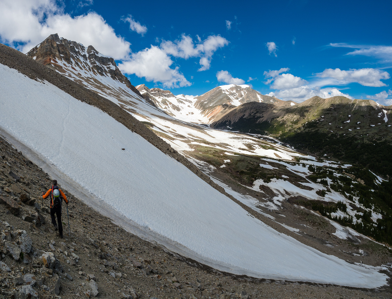 The first snow patch has an 'interesting' runout. :) The snow was soft enough that we kicked steps safely across it.