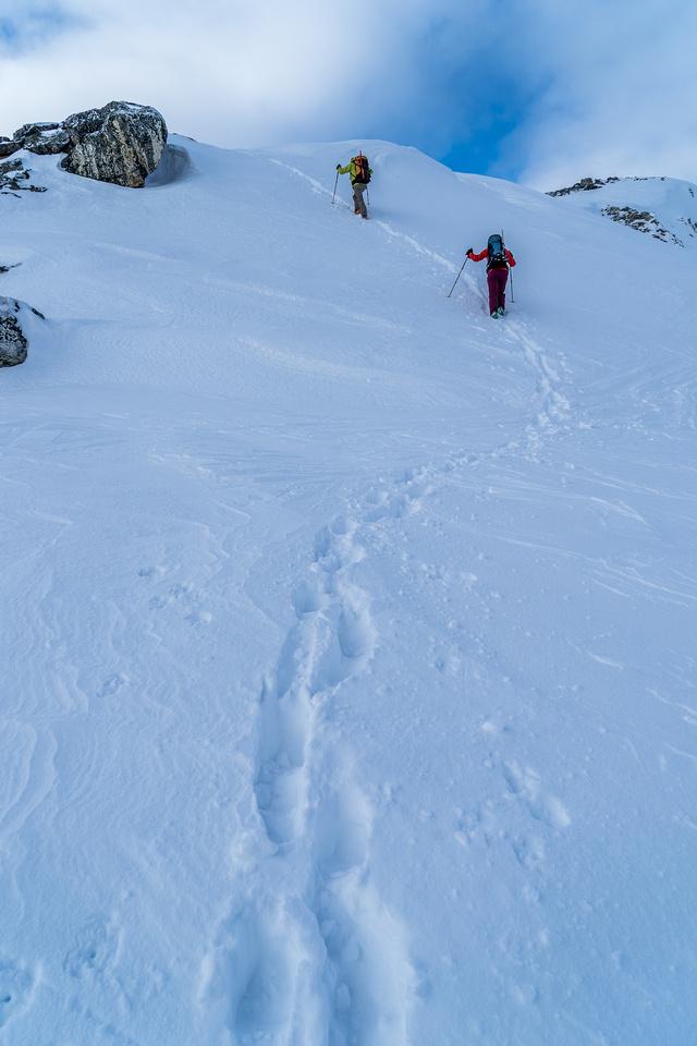 A grunt back up Quartz Ridge.