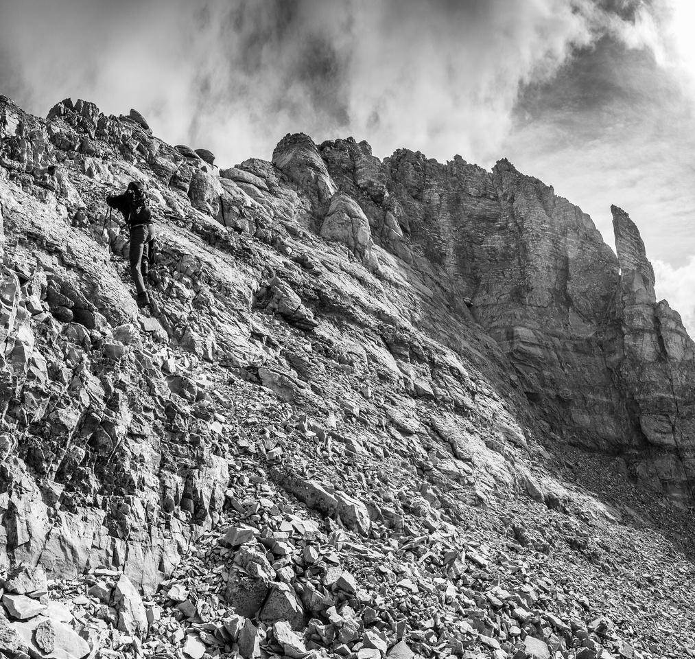 Gaining the second crux of the day - the west ridge.