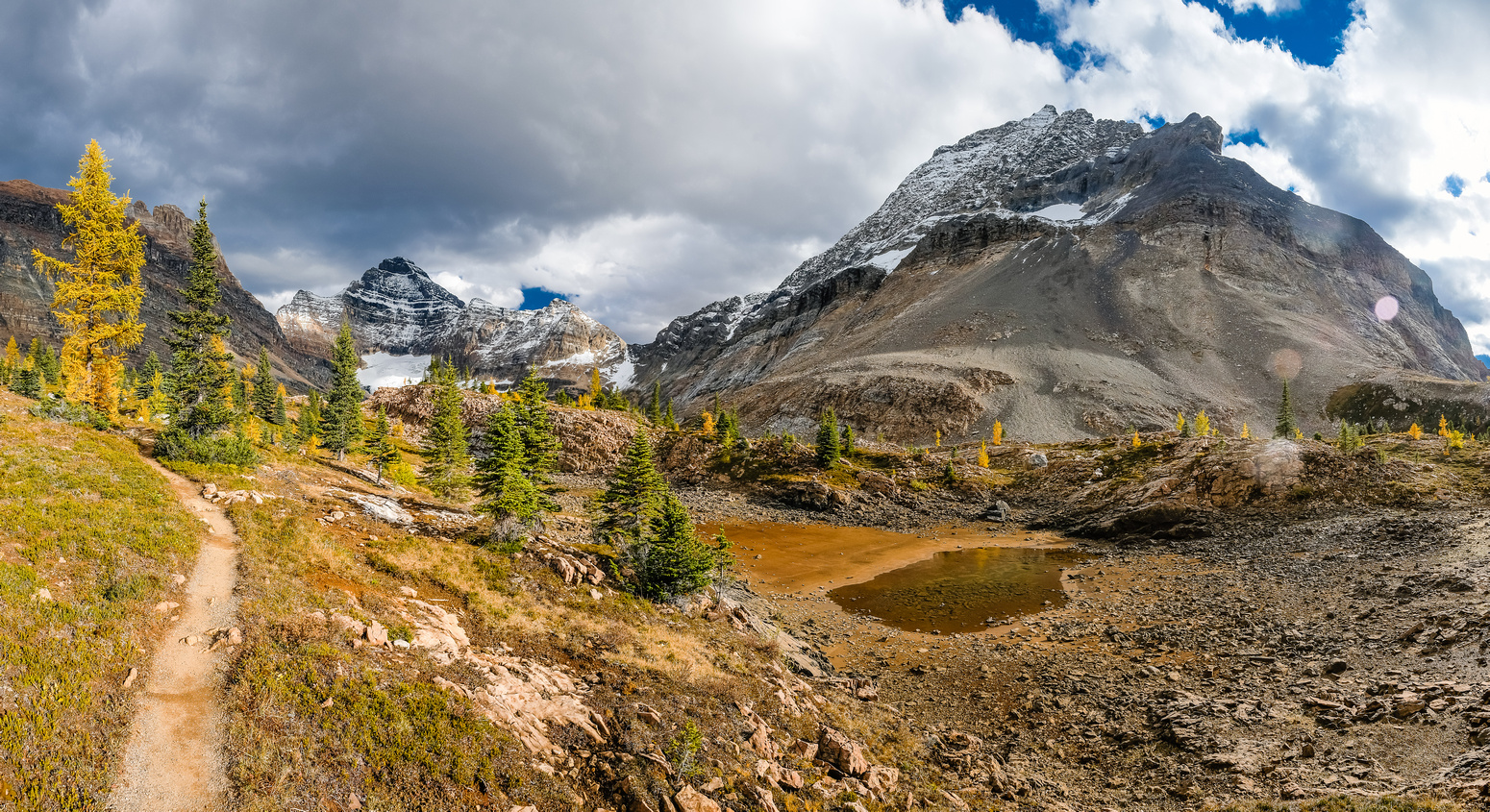 Amazing views of Biddle and Park, looking pretty big from the Lower McArthur Pass route.