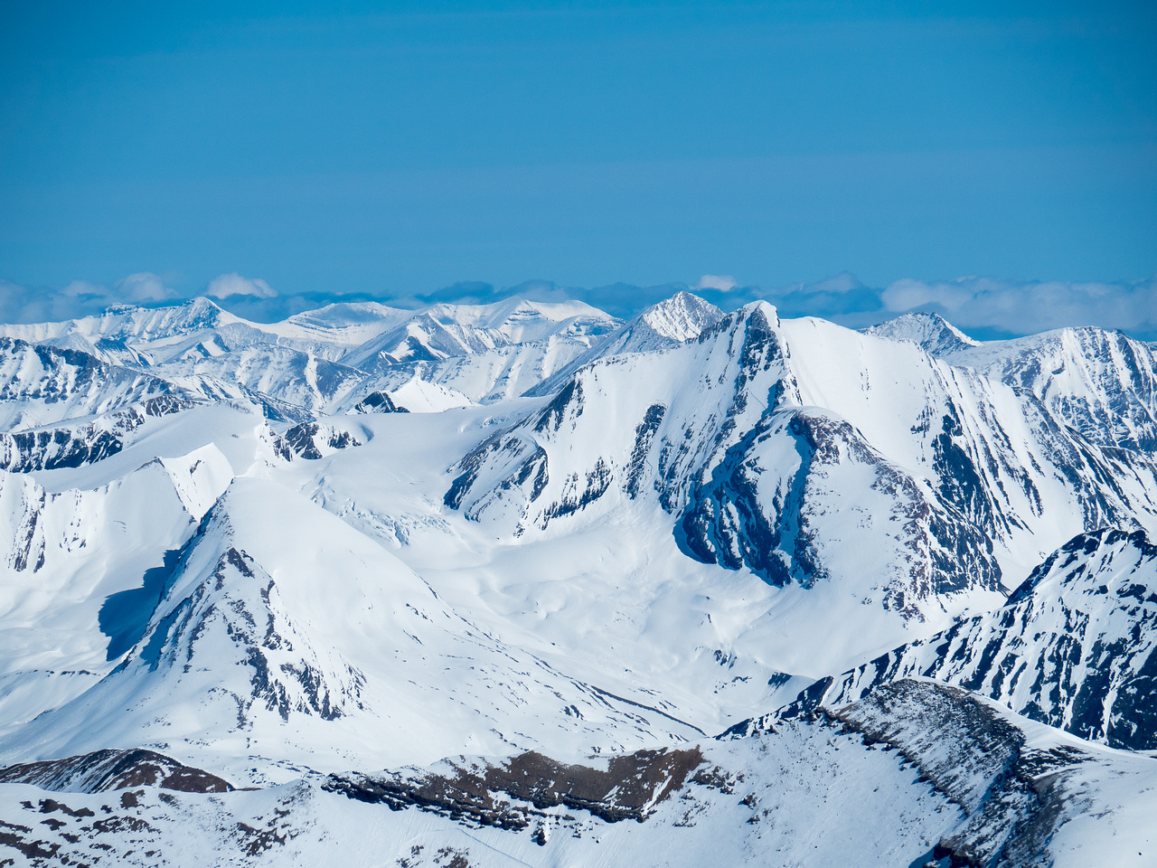 Calumet Peak soars over Moose Pass - part of the Moose River Route that I would like to hike some day.