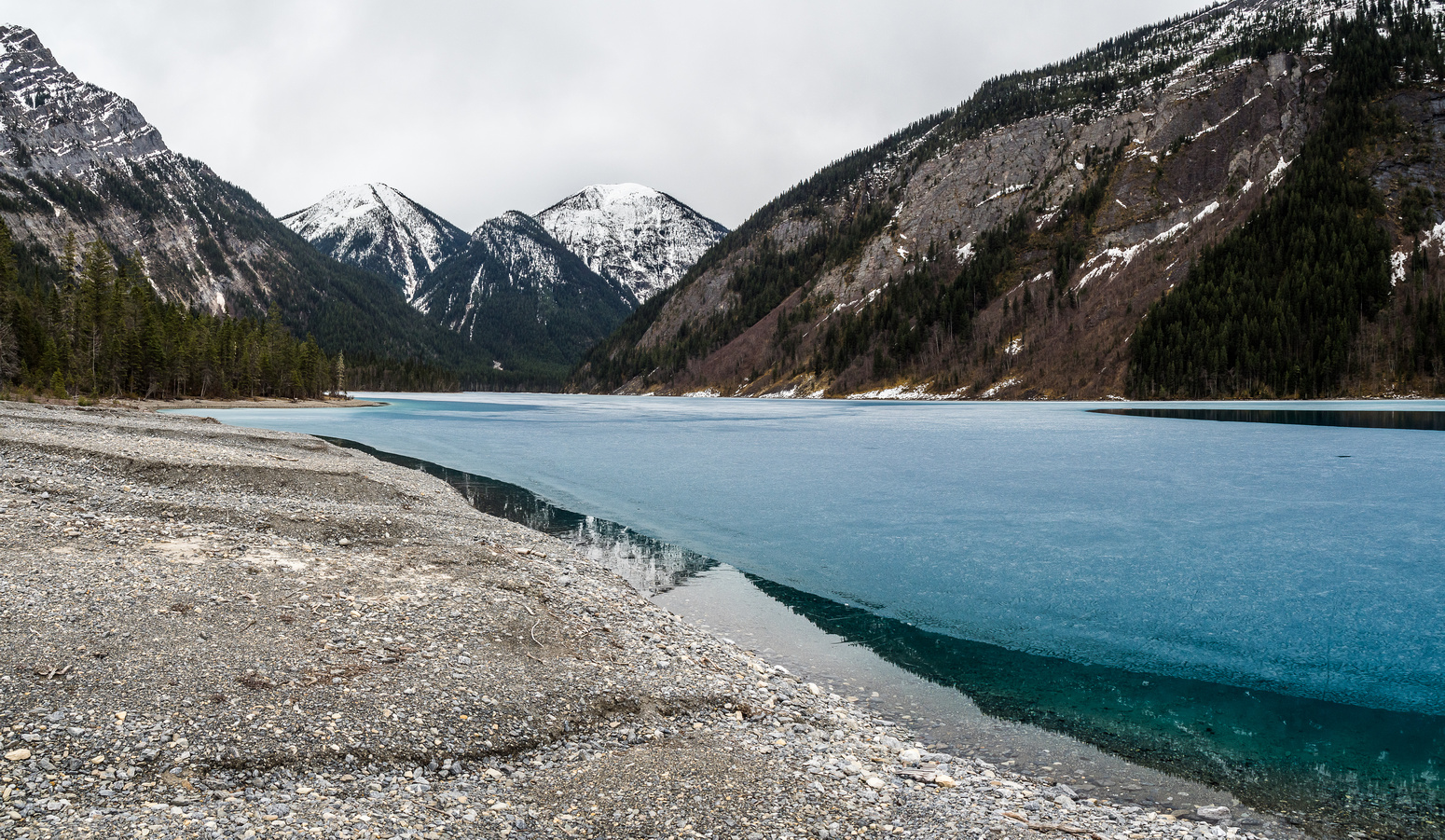 Kinney Lake is starting to look really thin now!