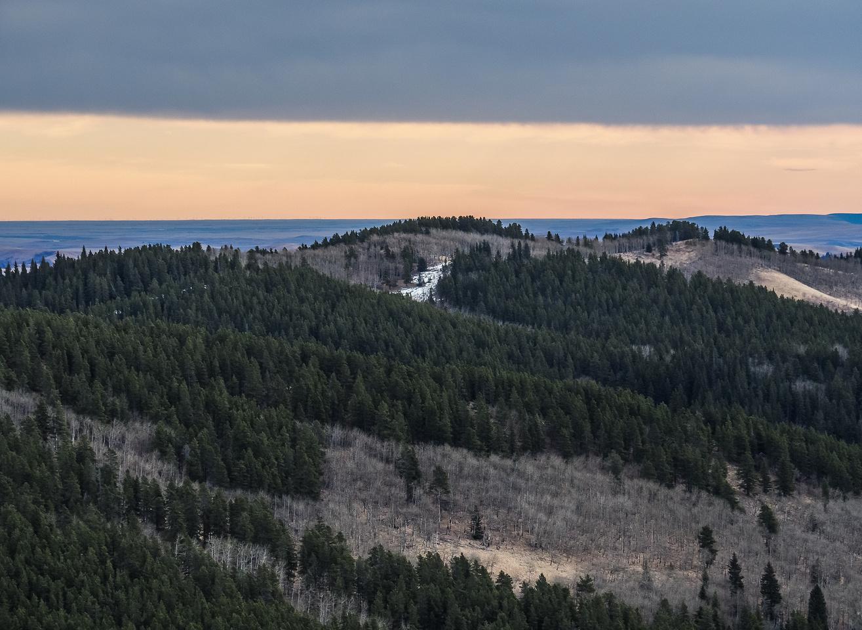 View over Sam Ridge to the SE.