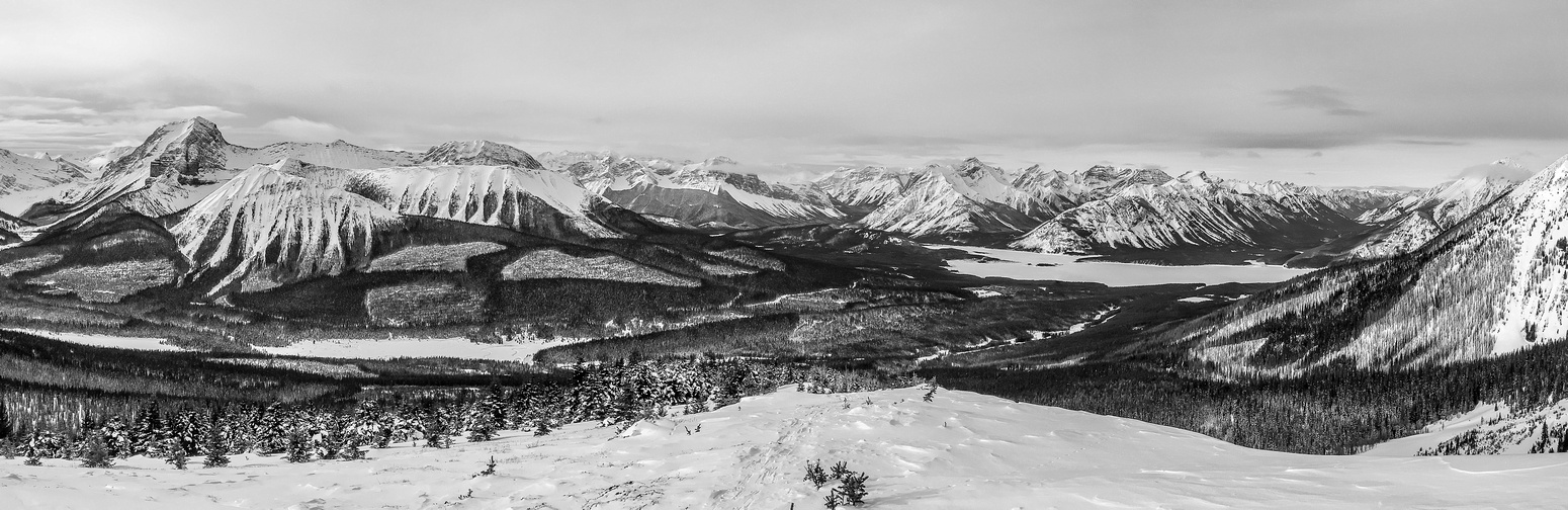 I love this B&W pano showing off Mount Smuts on the left along with Tent Ridge - two other popular destinations in the area.