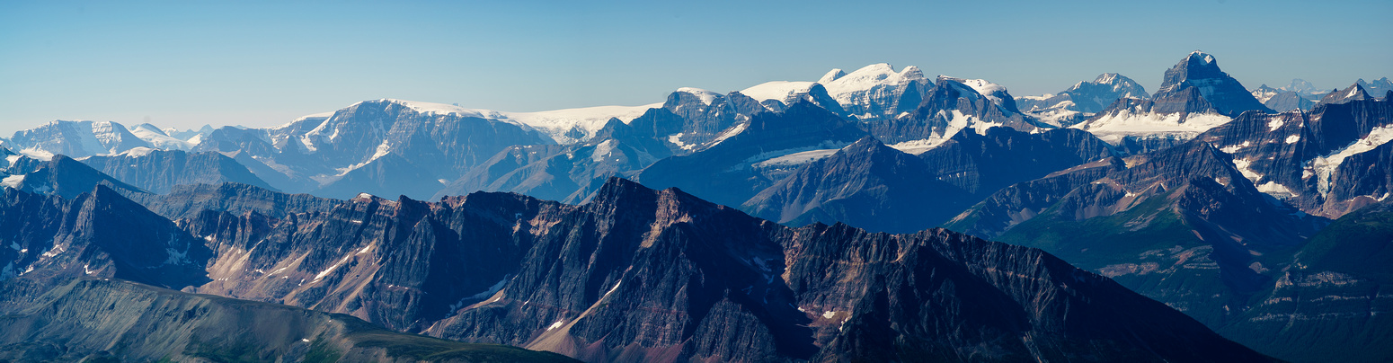 A tele pano of the Columbia Icefields peaks along with Diadem and Alberta.