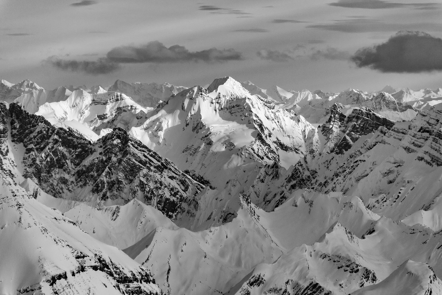 The Bush Group of peaks includes Rostrum, Bush, Icefall and the pointy Rostrum Tower on the R.