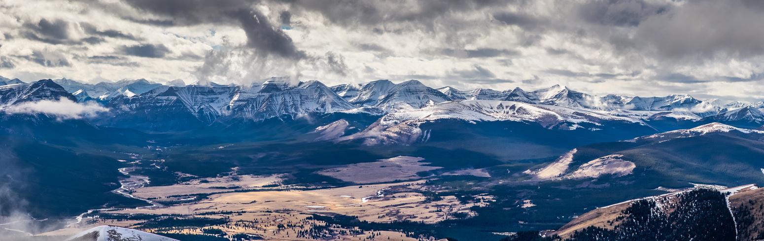 A tele pano over Ya Ha Tinda towards Banff National Park. Warden Rock at L.
