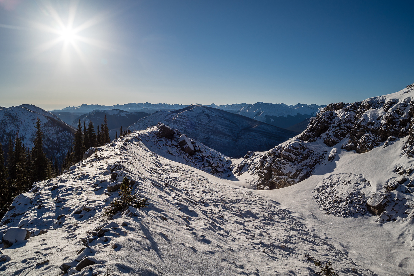 Interesting terrain on the ridge.