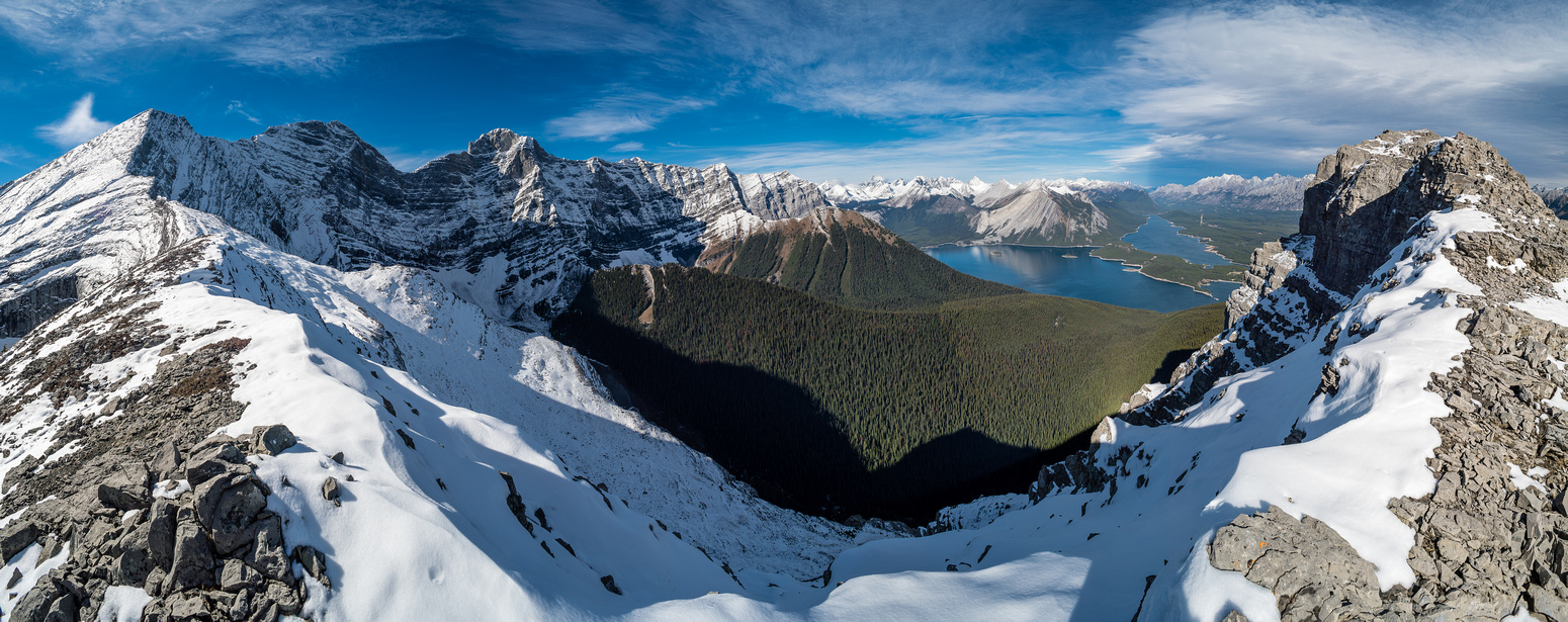Amazing views from the ridge over Rawson Lake Ridge to Mounts Foch and Sarrail and the Kananaskis Lakes. The Turret on the right.