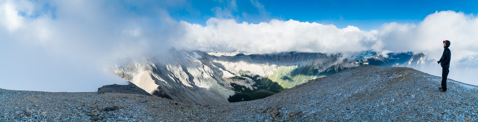 The clearest pano I got from the summit, looking towards Harrison (L) and Folk (R) which are buried in clouds.