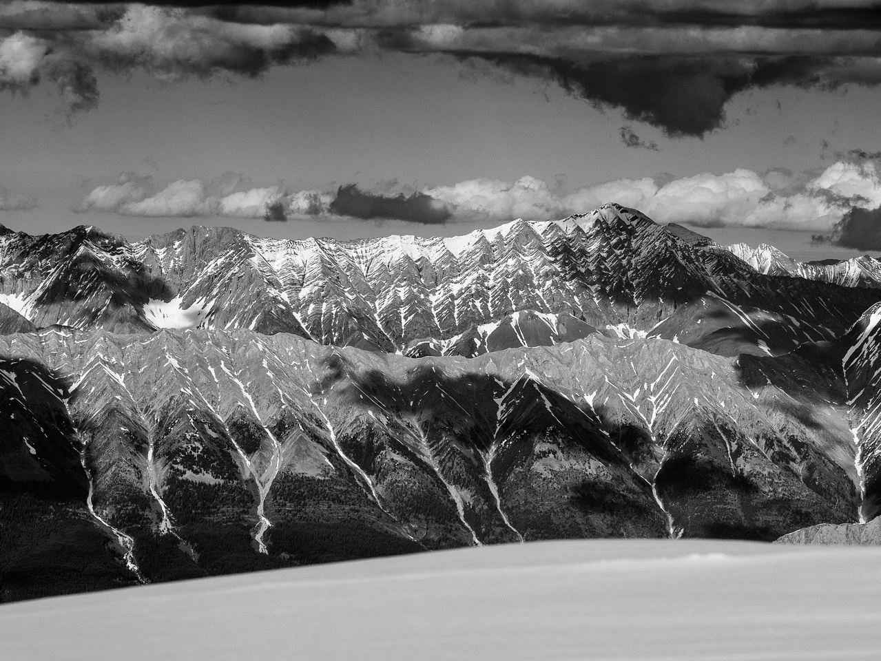 The distinctive ridge of Mist Mountain.
