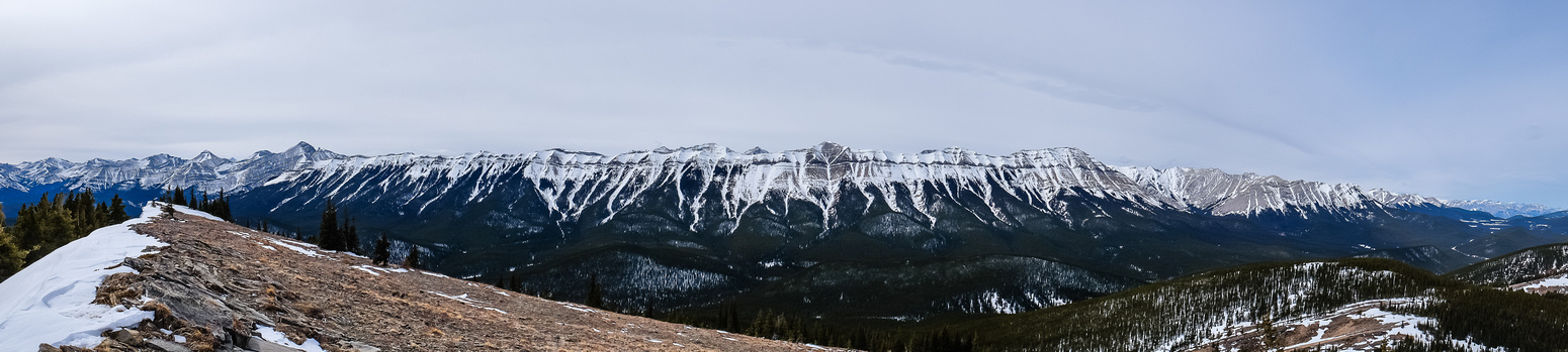 Pano from the 'bump' with Nihahi Ridge and the pass at the lower right.