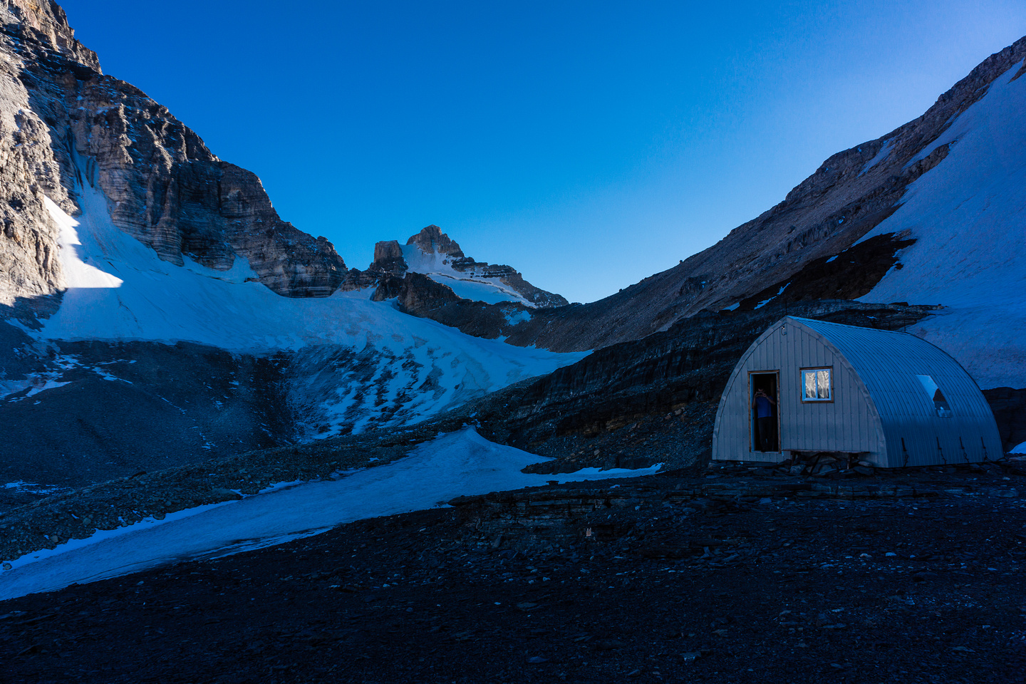 The Hind hut is an awesome way to spend the night before a climb - especially on the third weekend in September when it's completely empty!