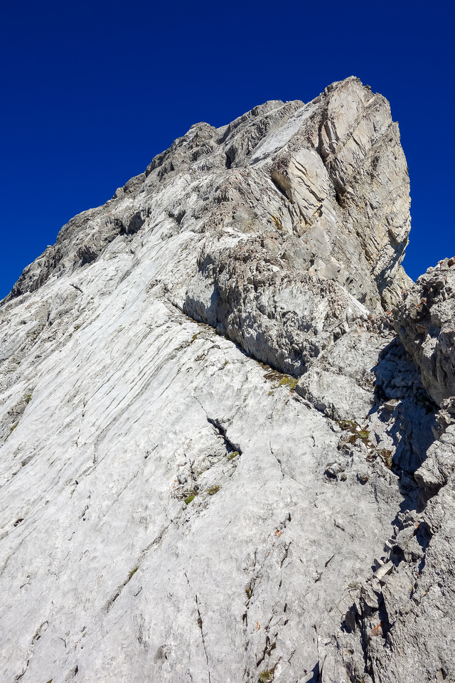 The angle of the south ridge takes a dramatic upturn where we met it.